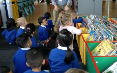 Morning Nursery visit the library